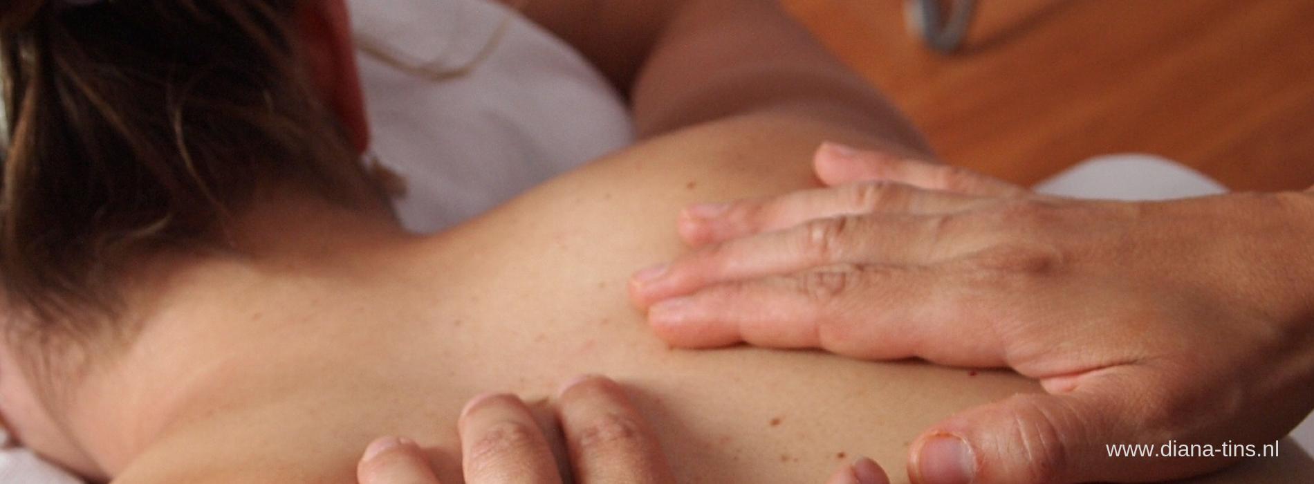 Top essentiële oliën voor spieren en gewrichten